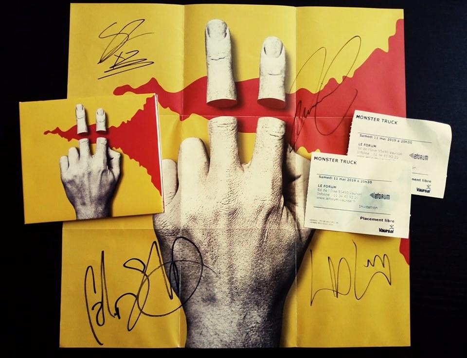 Tusk 2 signatures